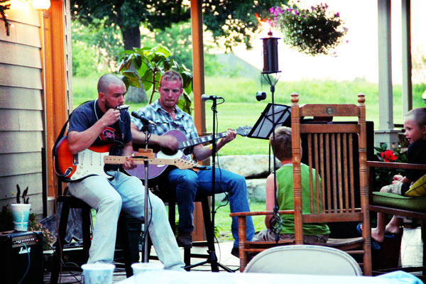 Outdoor Party Acoustic Band