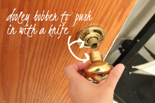 collection how to remove kwikset door lever pictures images picture. Black Bedroom Furniture Sets. Home Design Ideas