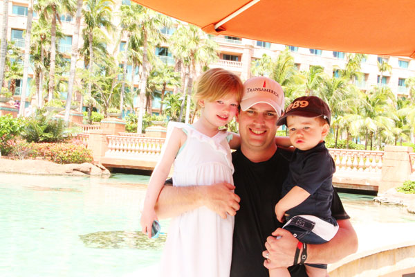Atlantis Bahamas - Shawn w/ Kiddos